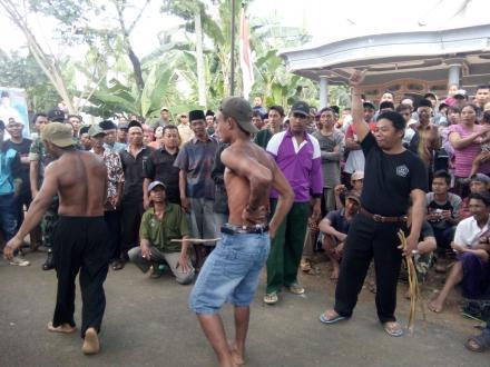 Festival Ojung dalam Rangkaian Sedekah Desa
